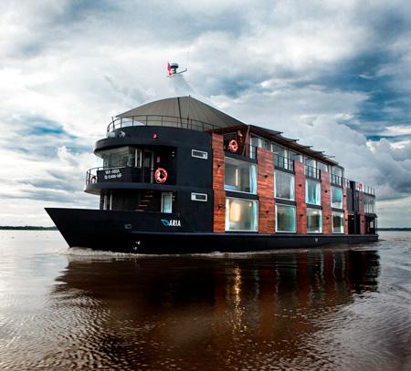 Hotelul plutitor 2