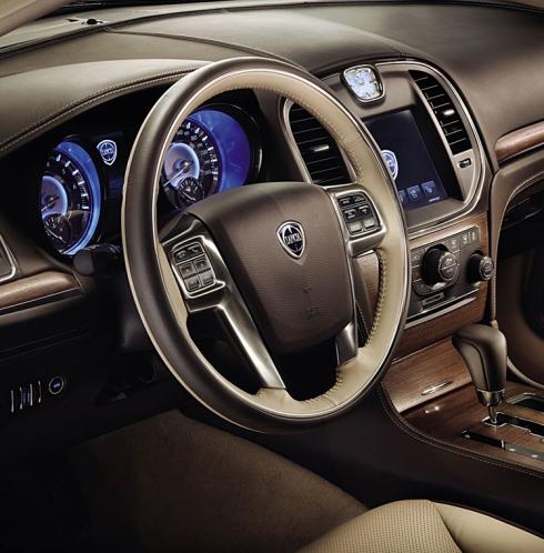 noua Lancia Thema (2012)