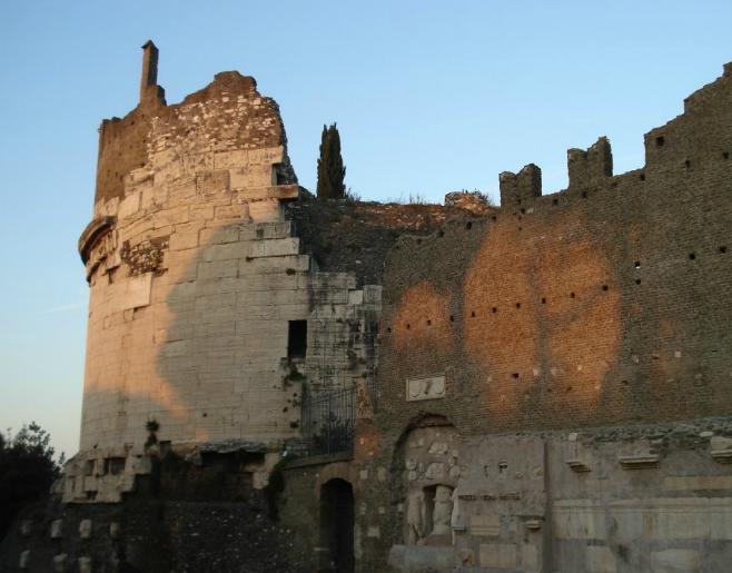 Mausoleul Ceciliei Metalla