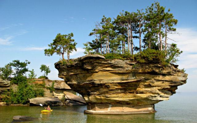 Turnip Rock Lacul Huron 2
