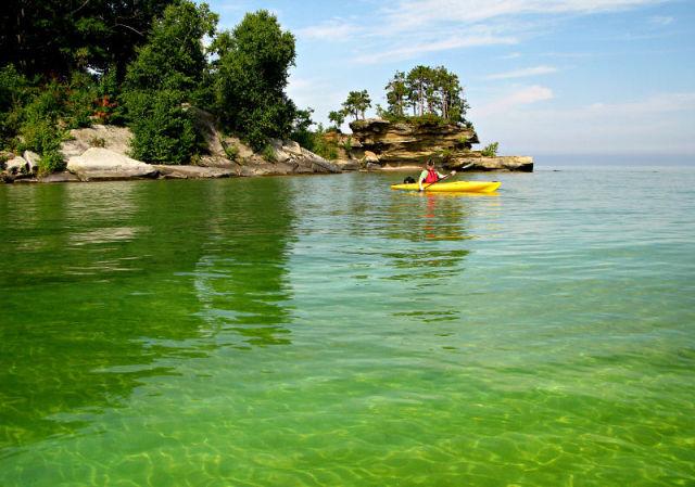 Turnip Rock Lacul Huron 4