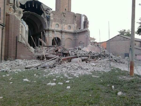 cutremur italia 20 mai 2012